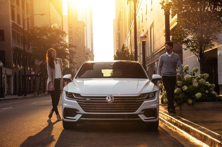 2020 Volkswagen Arteon front view