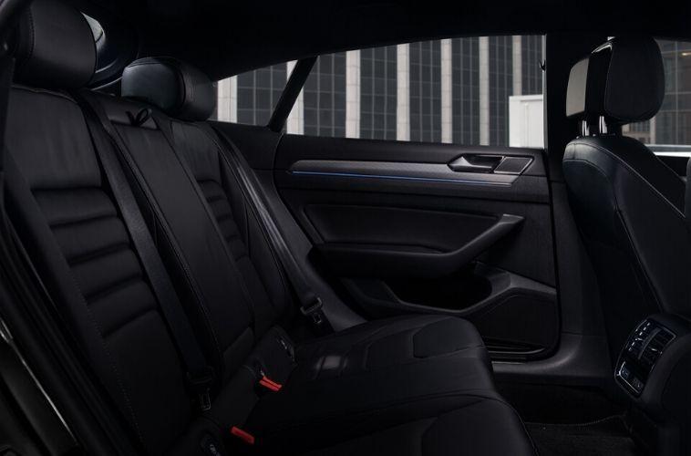 2020 Volkswagen Arteon interior seats side view