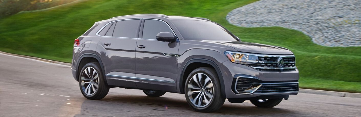 2020 Volkswagen Atlas Cross Sport parked outside