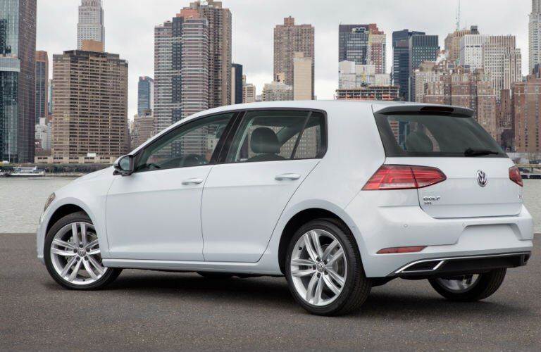 2018 Volkswagen Golf Exterior Rear Profile