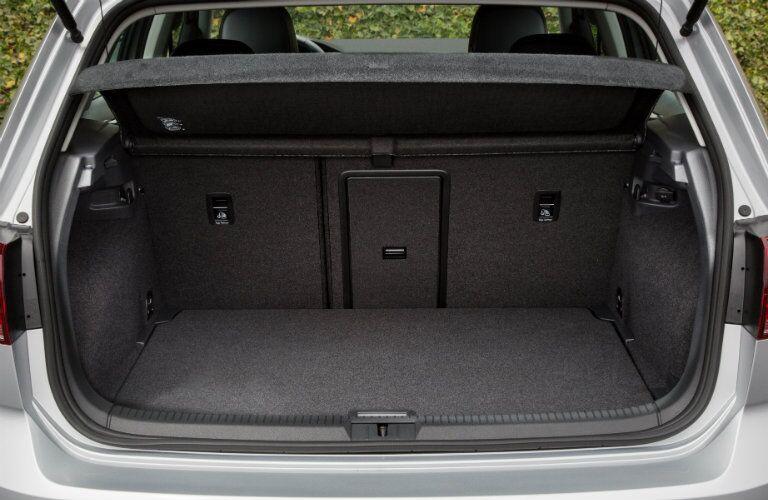 2016 Volkswagen e-Golf cargo capacity with rear seats up