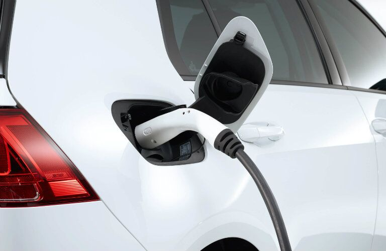 where to charge the 2016 e-golf where is the charging port