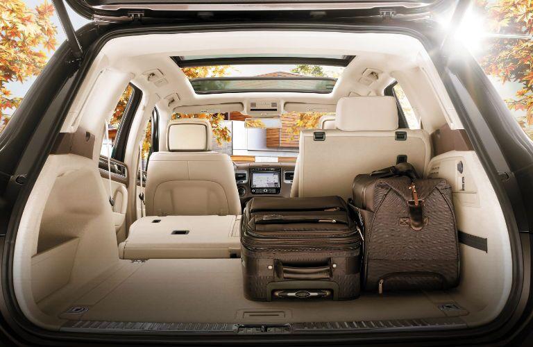 2017 Volkswagen Touareg interior cargo space