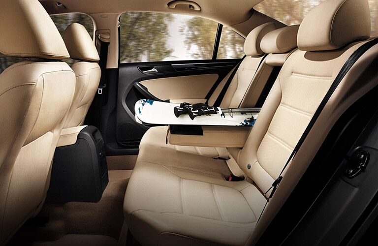 folding rear seat cargo space in the 2016 vw jetta