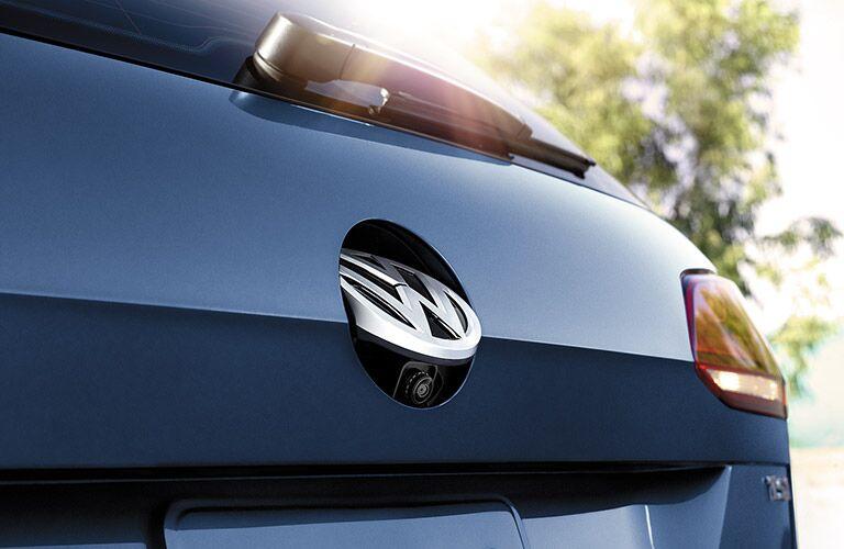 2016 Volkswagen Golf SportWagen rearview camera placement