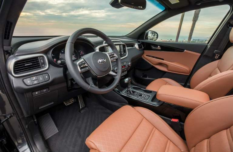 Front seats of the 2019 Kia Sorento
