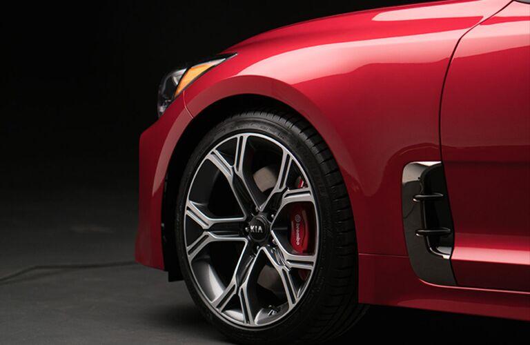 Closeup of wheel and brakes on 2019 Kia Stinger