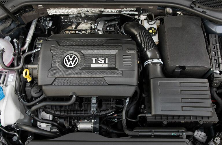 Turbocharged TSI 2.0-liter Engine in 2018 Volkswagen Golf R