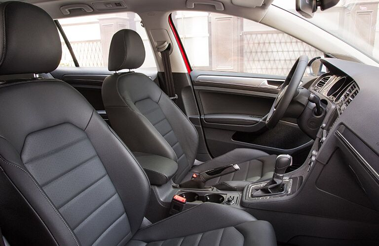 gray grey leatherette seats in the 2017 vw golf alltrack