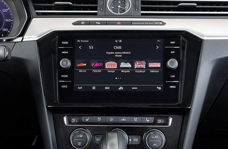 Close Up of 2019 Volkswagen Arteon Touchscreen Display