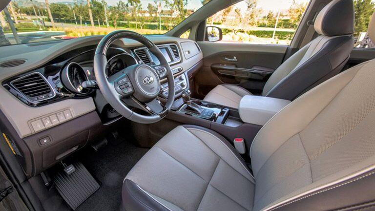 2016 Kia Sedon interior