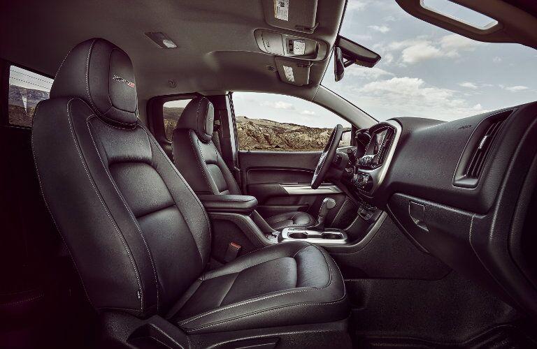 2017 Chevrolet Colorado front interior passenger space