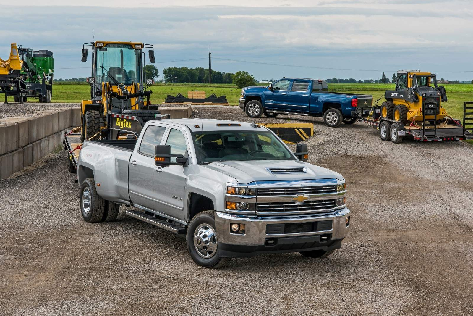 Chevrolet Trucks Earns Top Resale Awards from Kelley Blue Book ...