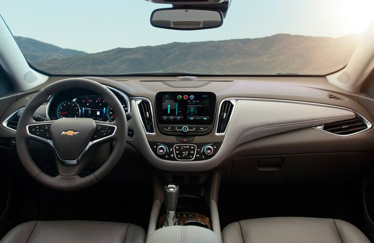2017 Chevrolet Malibu front interior driver dash and display audio