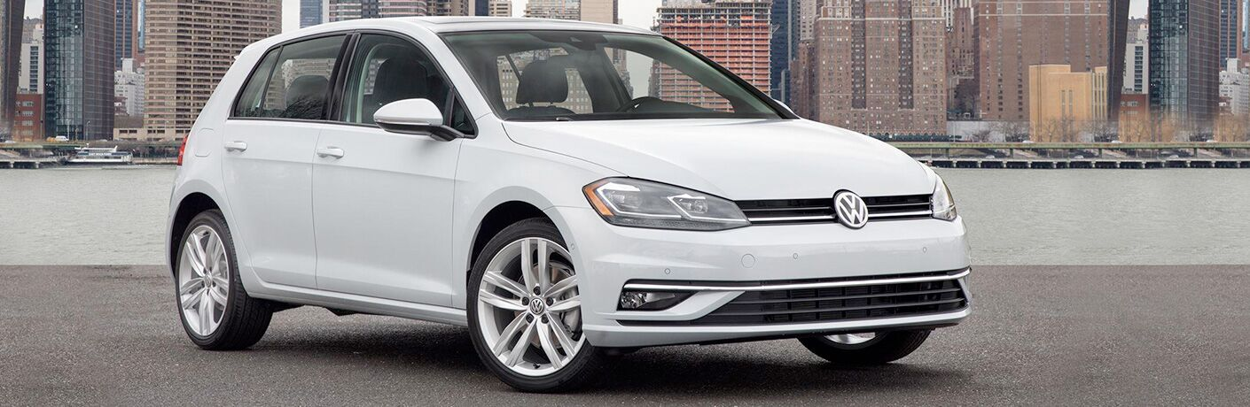white 2018 Volkswagen golf by city