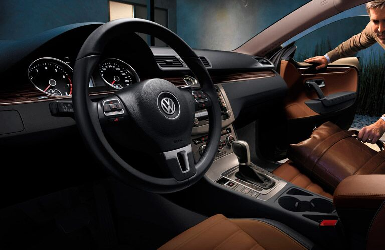 Find a stylish interior when you drive a 2015 Volkswagen CC Glendale CA