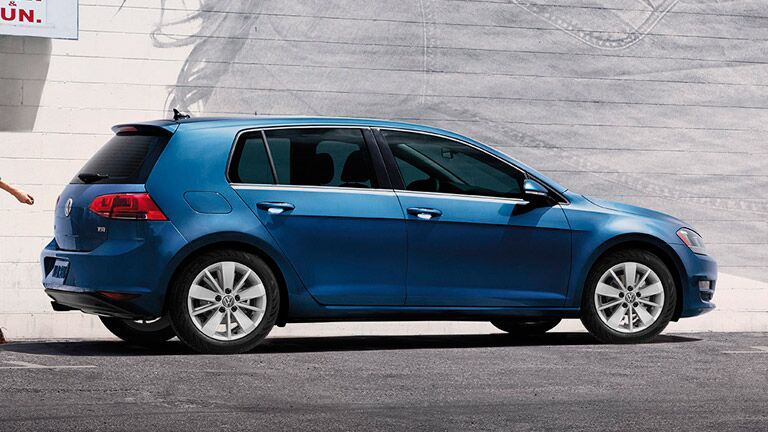 For those not loving the blue, there are more 2015 Volkswagen color options available.