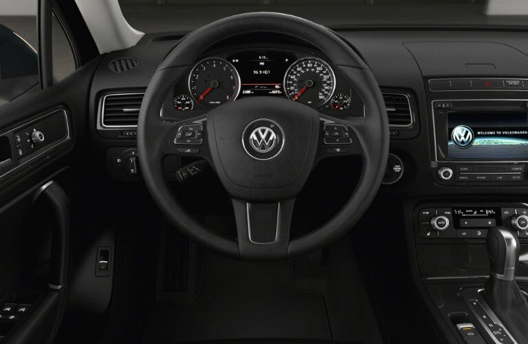 2016 vw touareg interior technology and features