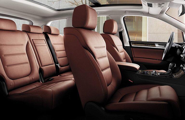 2016 Volkswagen Touareg Interior
