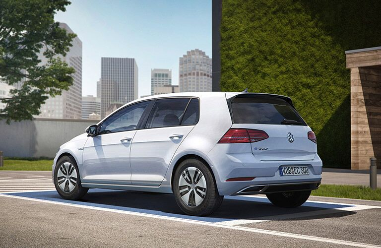 2017 Volkswagen e-Golf Rear End
