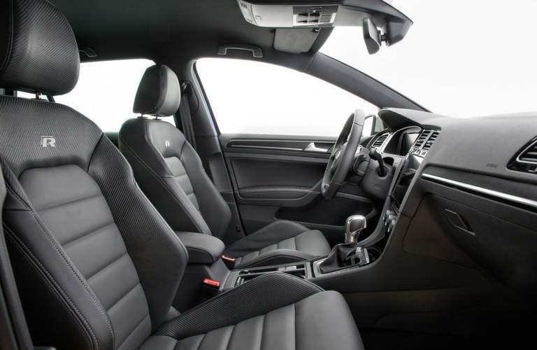 Sport bucket seats of 2018 Volkswagen Golf R