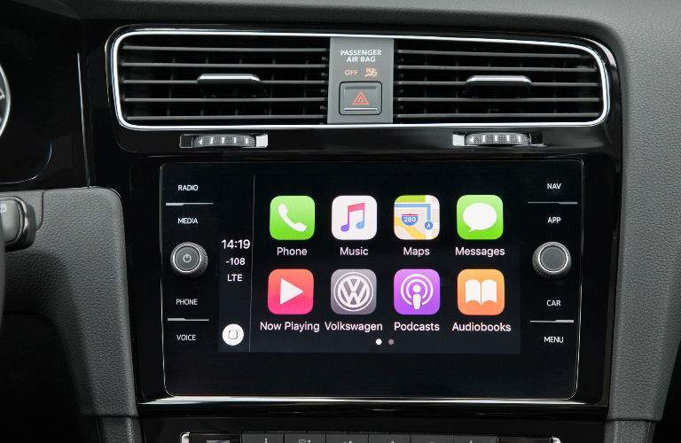 2018 Volkswagen Golf infotainment screen with Apple CarPlay