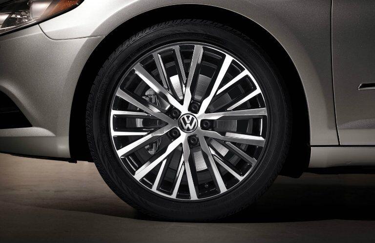 2016 Volkswagen CC V6 Wheels