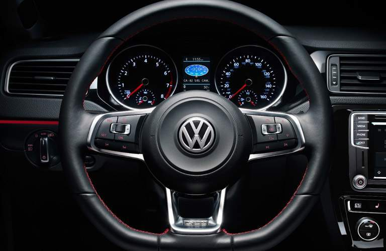 Steering wheel and speedo and tachometer of 2017 Volkswagen Jetta