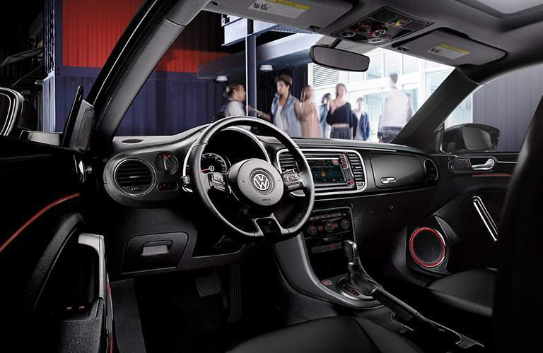 Side view of the 2018 VW Beetles driver's cockpit