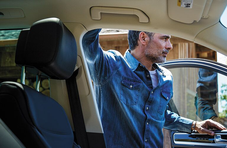 2016 VW Touareg Folsom CA leather seats