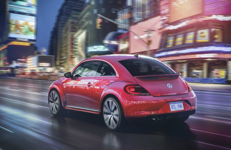 2017 VW Beetle back exterior_o