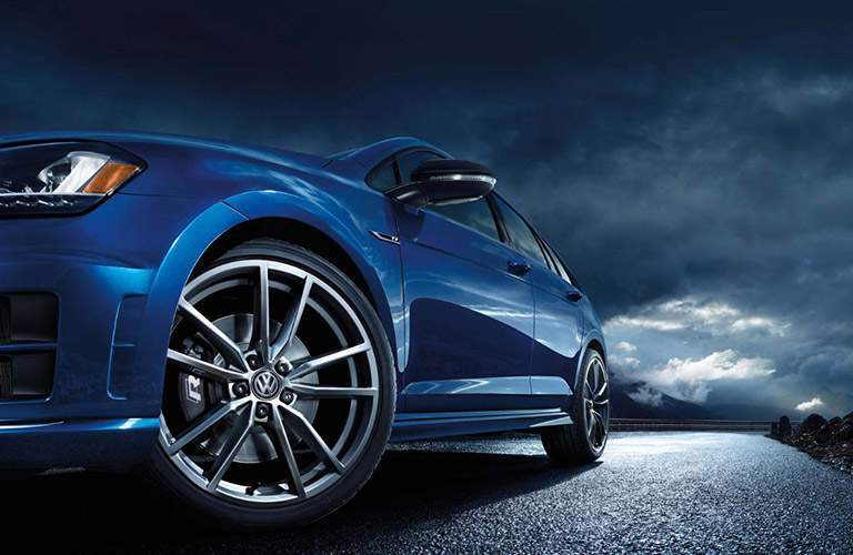 2017 VW Golf R Front Wheel