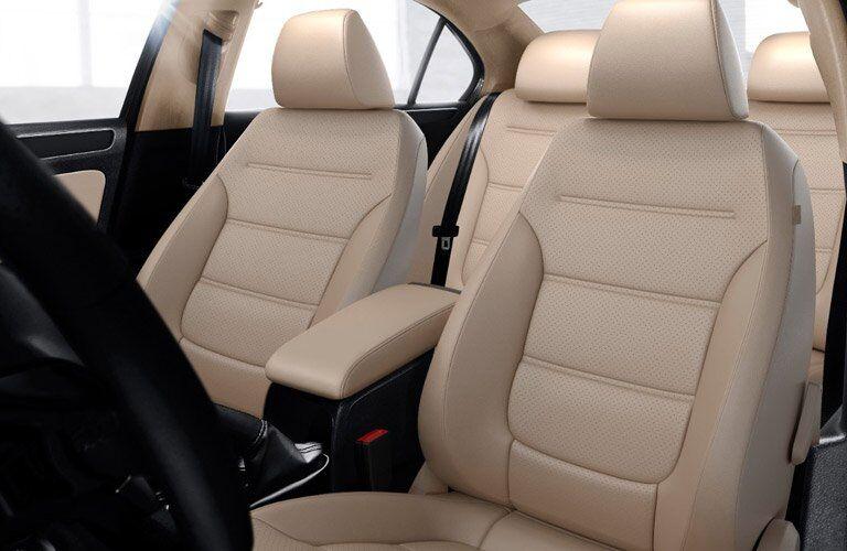 2017 Volkswagen Jetta leather seats