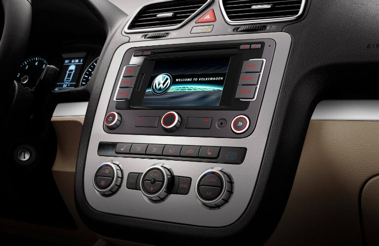 2016 VW Eos Infotainment