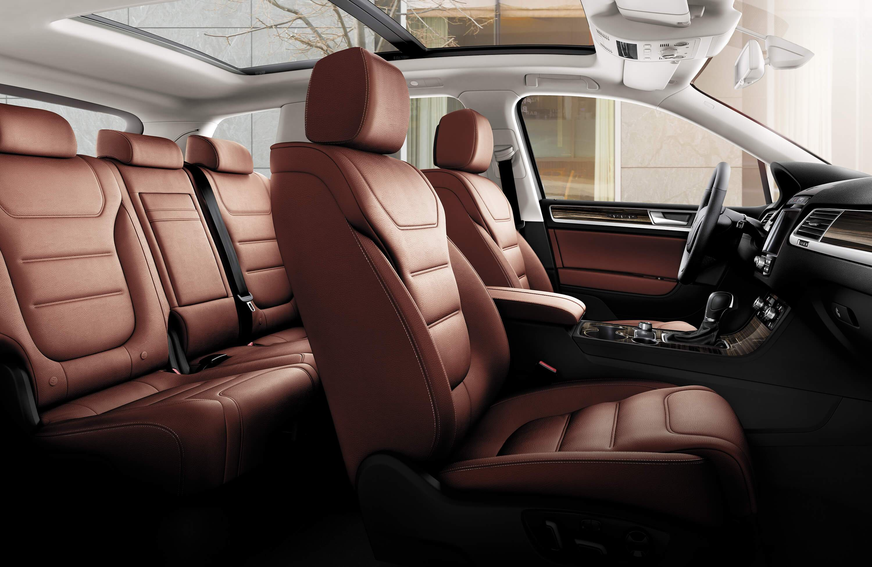 VW touareg interior safety features