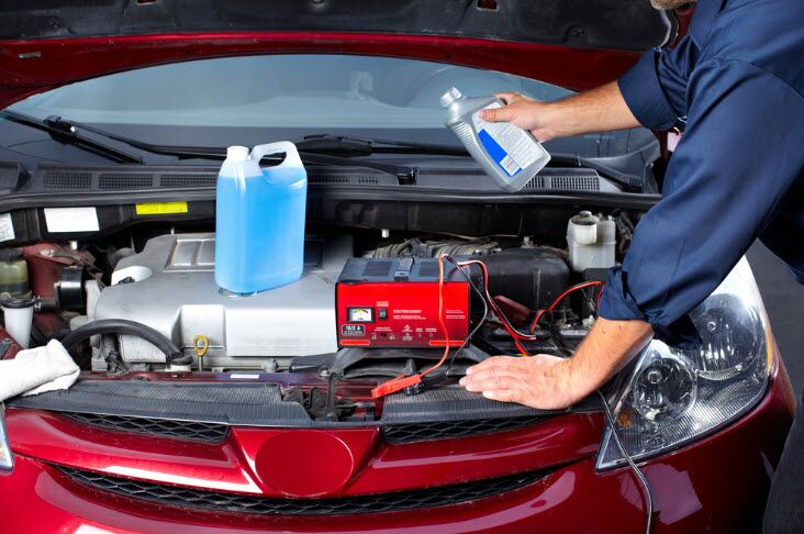 Differences Between Automatic and Manual Transmission Fluid