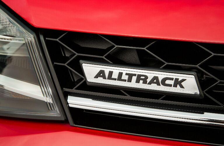 2017 VW Golf Alltrack front grille