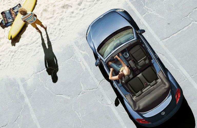 2019 Volkswagen Beetle Convertible overhead view of interior