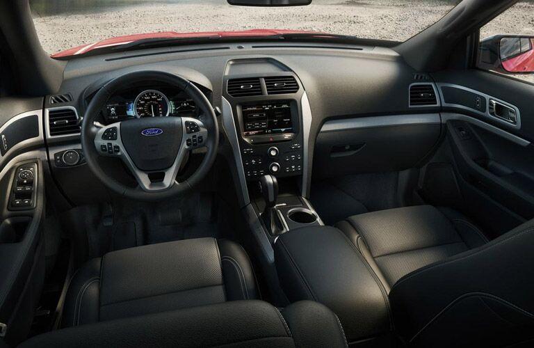 2015 Ford Explorer vs 2015 Jeep Grand Cherokee