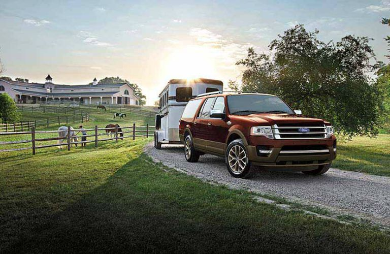 Tackle anything with the 2016 Ford Expedition Tampa FL.
