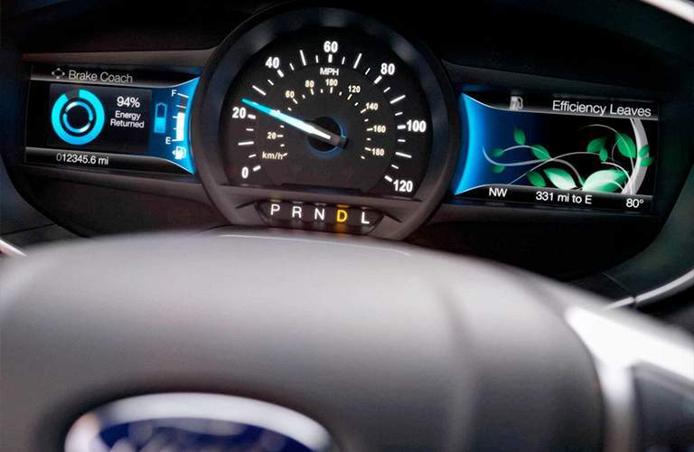 close up of the SmartGauge with EcoGuide feature for the 2018 Ford Fusion Hybrid