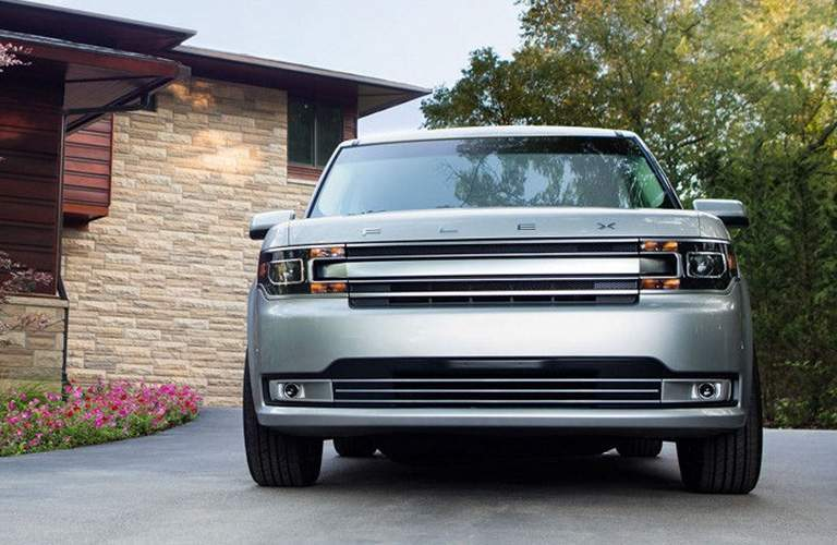 front view of a silver used 2019 Ford Flex