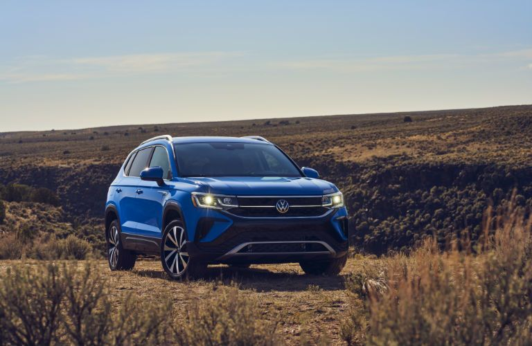 2022 Volkswagen Taos front profile