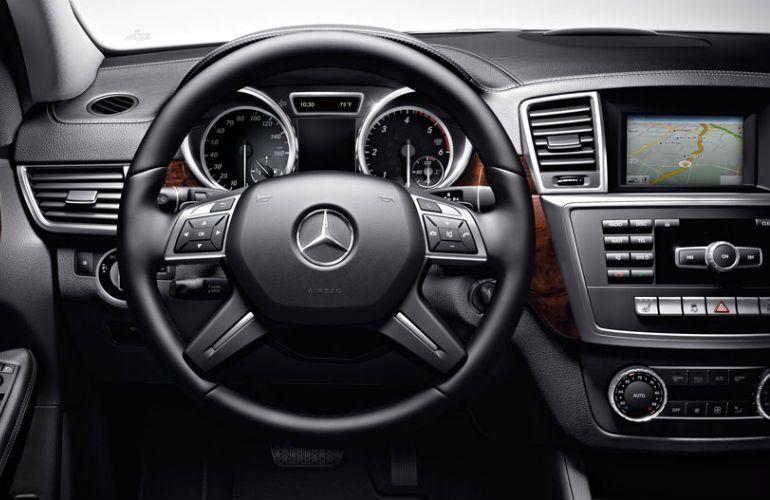 2016 Mercedes-Benz GL-Class Black Interior