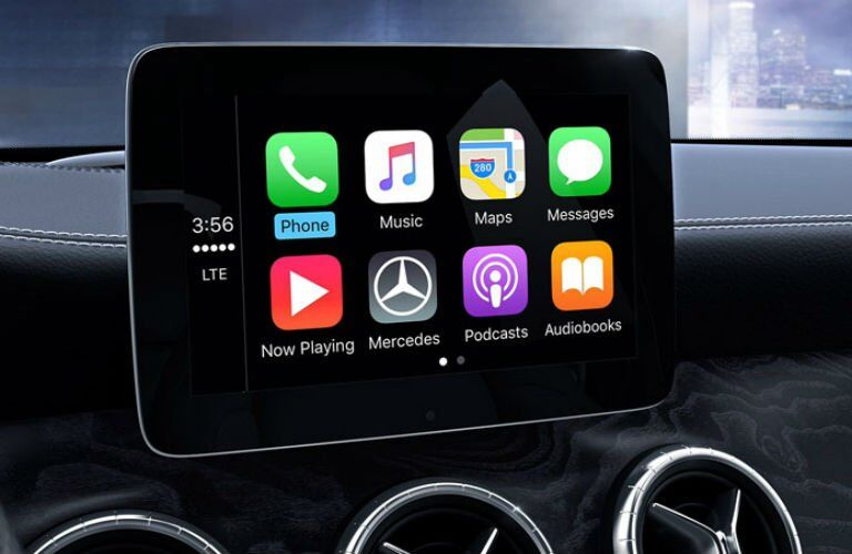Which Mercedes-Benz Vehicles have Apple Carplay?