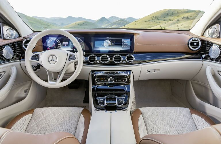 Mercedes Benz E350 4matic Sedan Interior