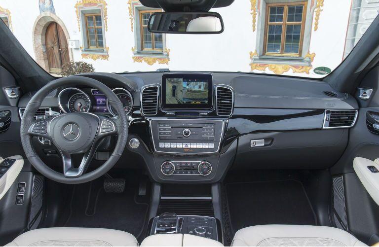 2017 Mercedes Benz Gls Vs 2016 Mercedes Benz Gl Class