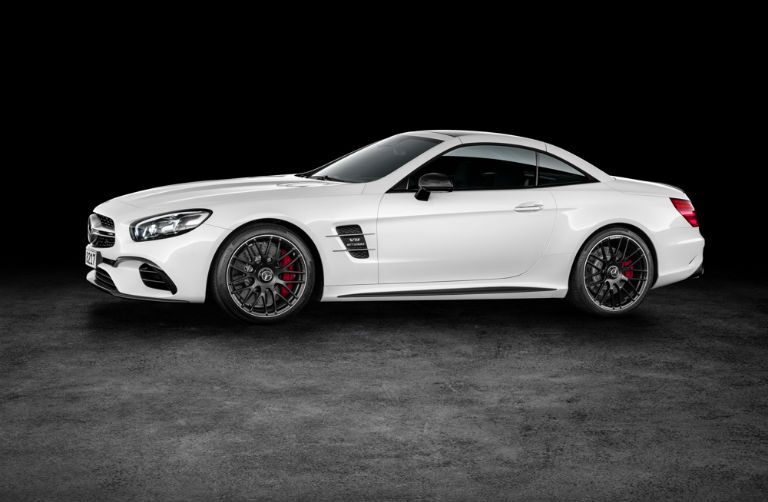 White 2017 Mercedes-AMG SL63 Rims