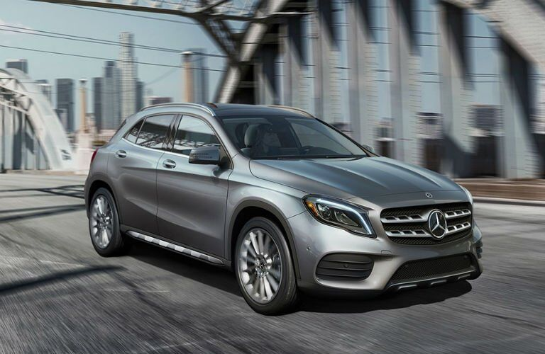 2018 Mercedes-Benz GLA color options