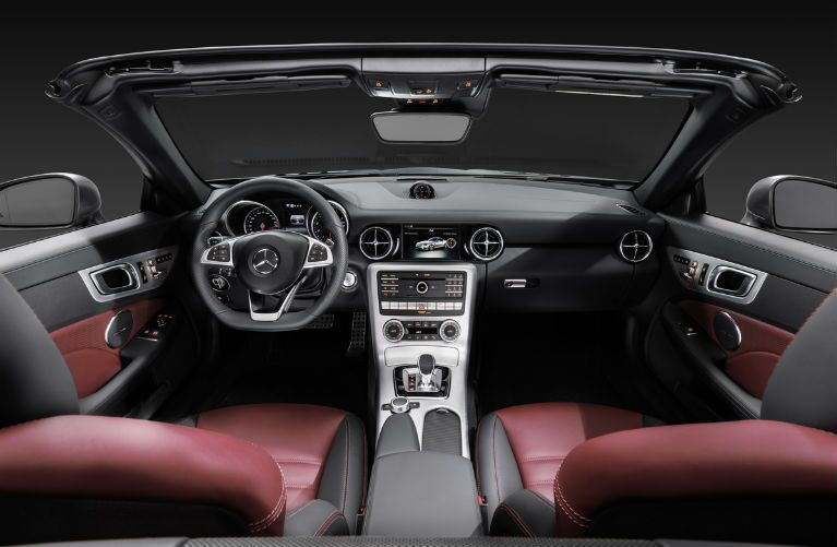 2017 Mercedes-Benz SLC300 Interior